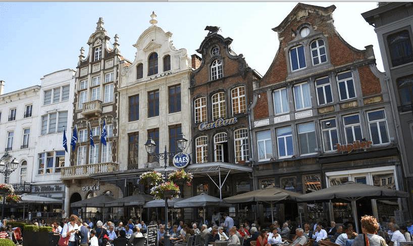 Mechelen is de eerste Belgische stad die zijn inwoners toelaat om via een mobiel toestel officiële documenten aan te vragen en een afspraak te regelen