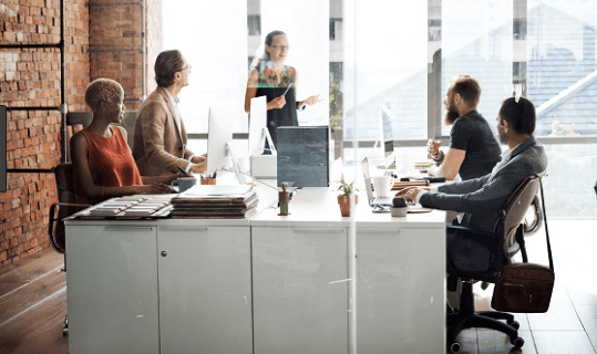 Workspace ONE, een geïntegreerde digitale werkplek aangeboden door VMware, heeft voortaan ook analytische en herstelcapaciteiten met de cloudservice Workspace ONE Intelligence